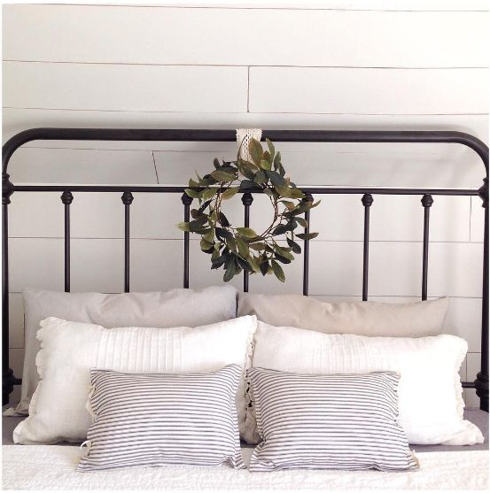 I am loving the stack of pillows and the charming wreath on this wrought  iron bed. Best 25  Wrought iron bed frames ideas on Pinterest   Wrought iron