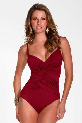 """SUIT YOURSELF SWIMWEAR MAKERS EMPHASIZE FIGURE-FRIENDLY STYLES . Want to have the very latest in swim gear? Choose one of the uplifting styles that capitalize on the Wonderbra craze.Swimsuit makers are curving wire and adding foam padding, even removable pads.Jantzen has what it calls a """"Magic Bra"""" swimsuit in its junior Electric Beach collection.""""The current push-up bra trend is showing up in swimwear and makes it easy to shape up and create figure definition,"""" says Corbin Seitz,..."""