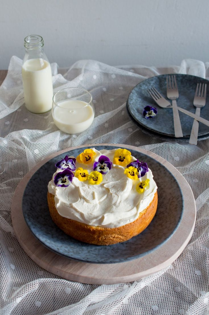 SUGARTOWN: Mrkvový třímlékový koláč/Tres leches carrot cake