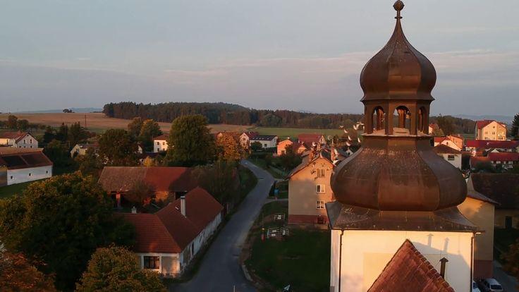 Podzimní Chrášťany 2017 - foto z dronu - pilot Tomáš Marhoun - video zde: https://goo.gl/WV7BW7 Autumn Chrášťany 2017 - photo from dron - pilot +Tomáš Marhoun  video here: https://goo.gl/WV7BW7 #dron #czechrepublic  #chrášťany