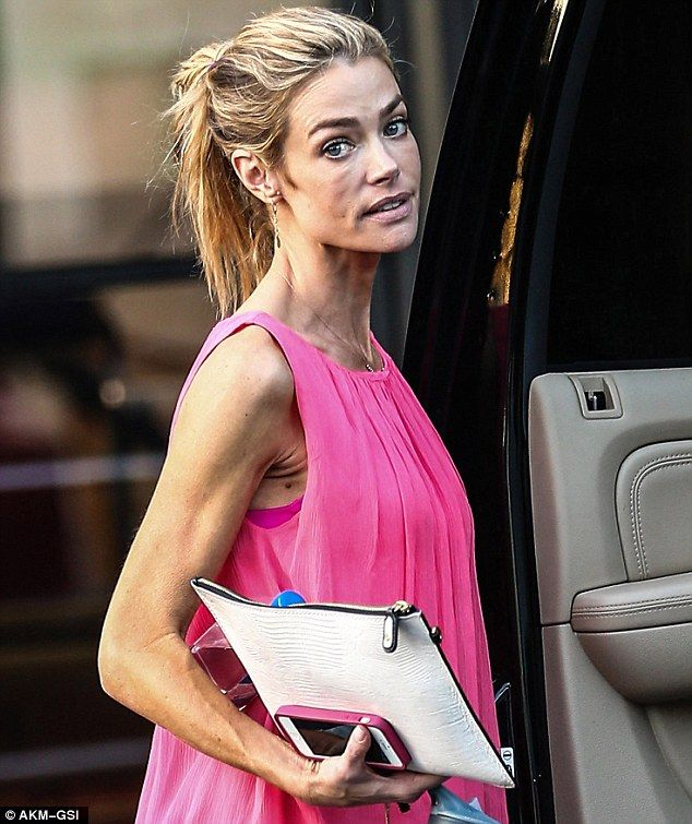 Denise Richards, 42, ages overnight as she displays shockingly ...
