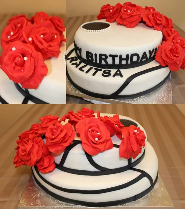 Cake with red roses.