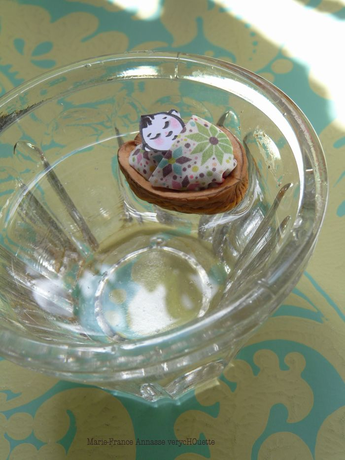 sieste coquille de noix eau mini mioche dessiné