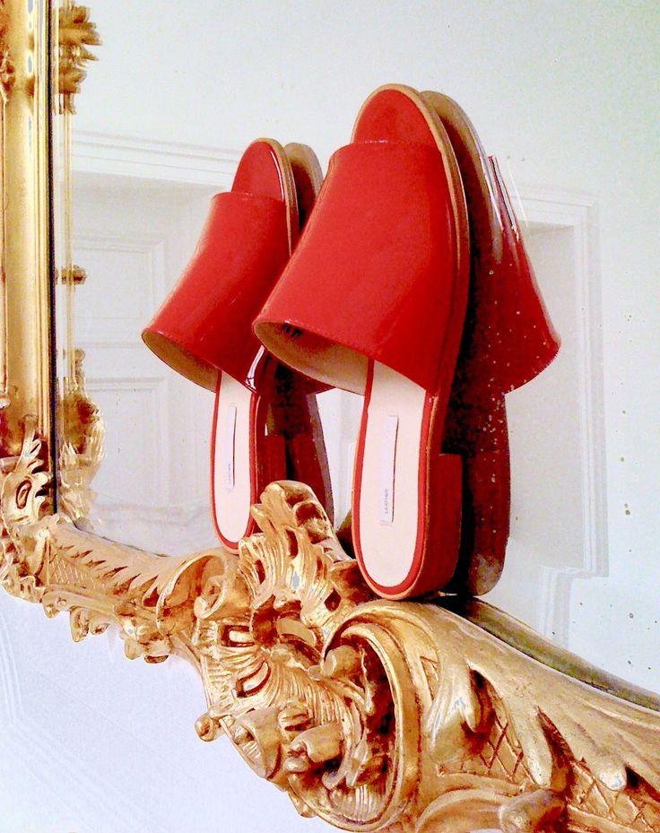 DESIGNER-DAMEN-SLIPPER, rot, LACKLEDER, Gr.37,Ledersohle in Kleidung & Accessoires, Damenschuhe, Halbschuhe & Ballerinas   eBay