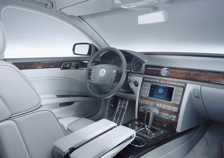 VW Phaeton interior