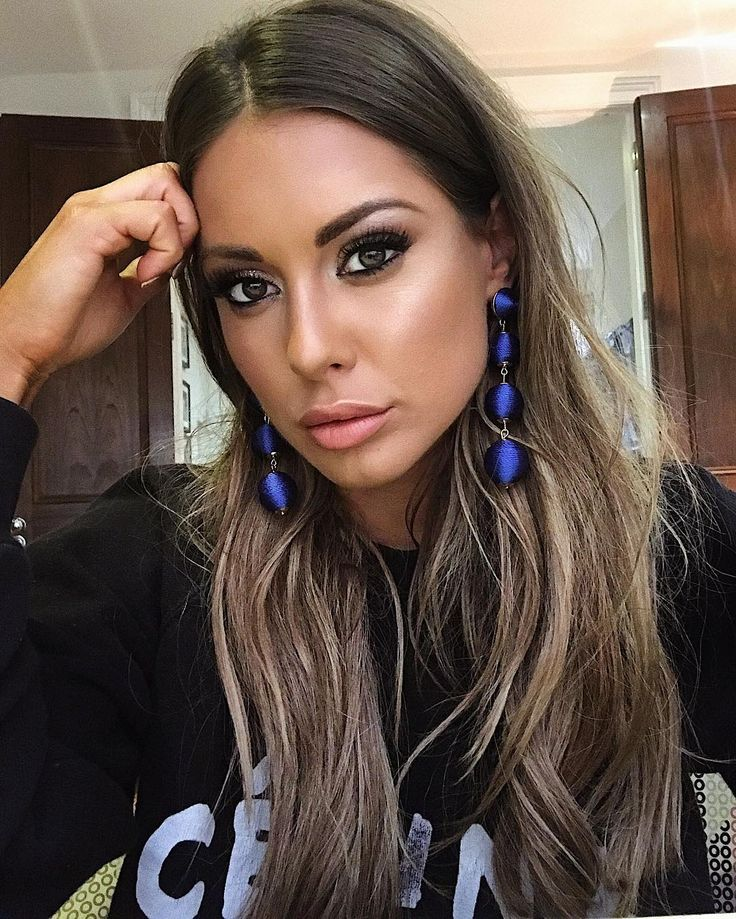 "32k Likes, 305 Comments - Louise Thompson (@louise.thompson) on Instagram: ""Makeup that means business *shame about the moody face Thank you cutie pie @lauralouisemua you are…"""