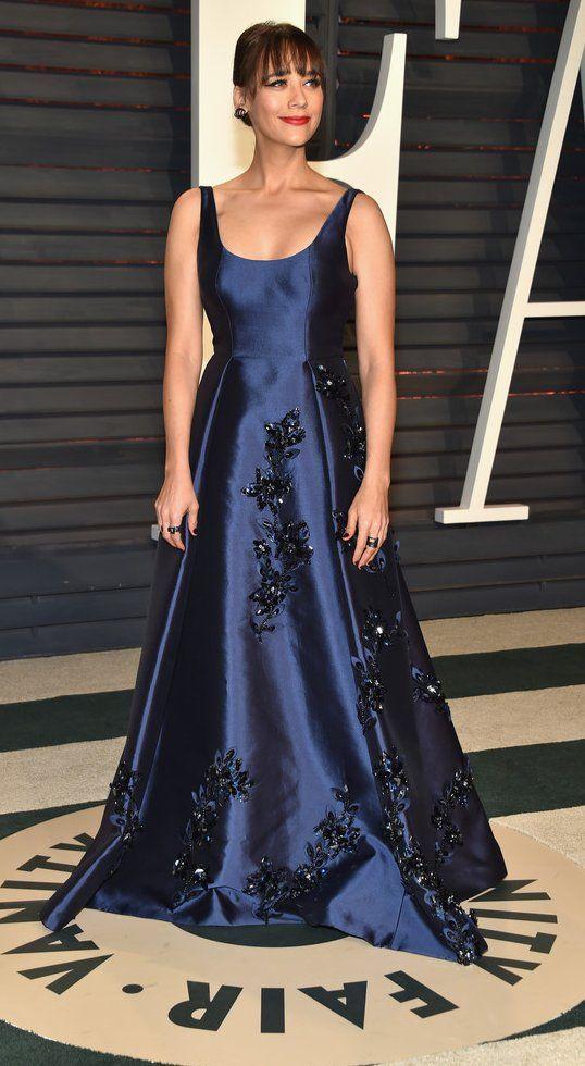 Rashida Jones in Prada attends the 2017 Vanity Fair Oscar Party. #bestdressed
