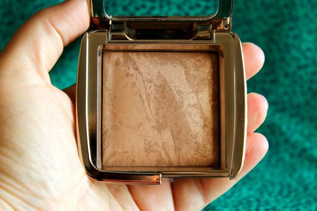 I Can't Believe I'm Saying This, But I'm Suddenly Addicted to Bronzer - xoVain