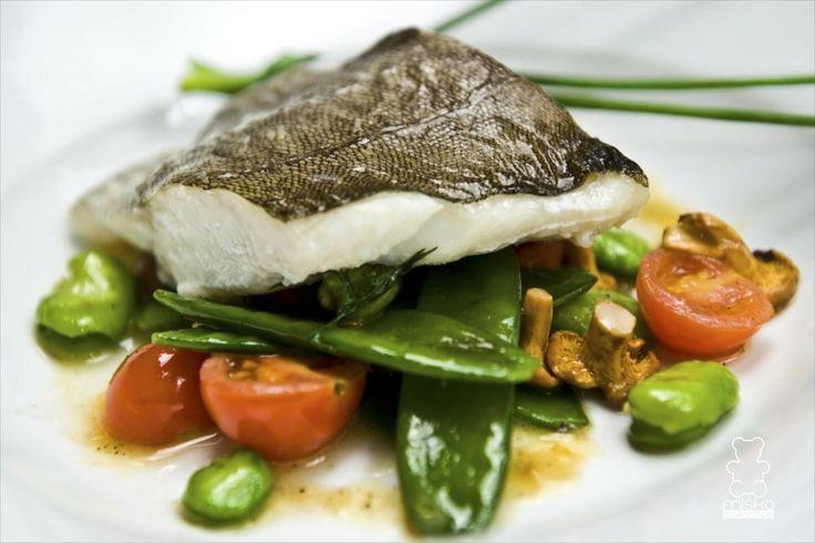 cod fish with fresh vegetables www.danielmisko.pl