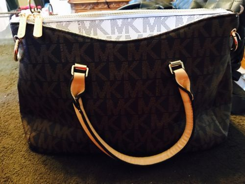 #MK #MickaelKors windowpub.com Beautiful New Michael Kors Handbag #MK #MickaelKors windowpub.com