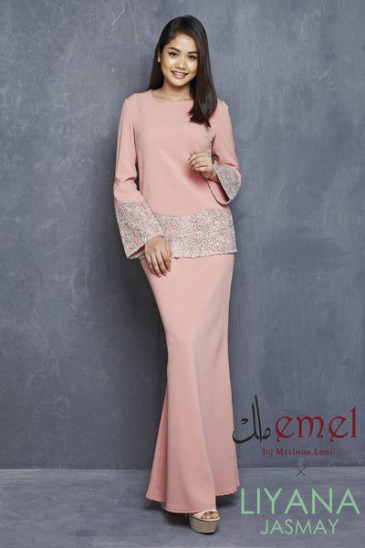 EMEL X LIYANA JASMAY - JUWITA - MODERN KURUNG WITH SEQUIN LACE SLEEVES & HEM (PINK) This sweet and ladylike modern baju kurung is perfect for an afternoon visit with your family for Hari Raya Featuring a textured sequin lace on the hem of top and sleeves.