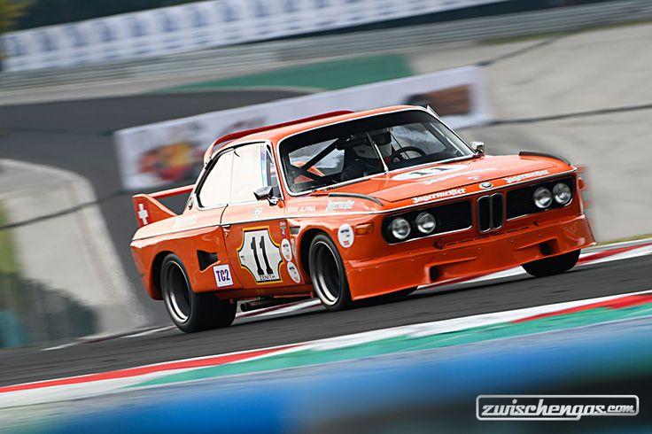 Eines der schönsten Renn-Coupés aller Zeiten. Der BMW 3.0 CSL an der Hungaroring Classic 2017. Mehr hierzu: https://www.zwischengas.com/de/HR/rennberichte/Hungaroring-Classic-2017.html?utm_content=bufferc6e94&utm_medium=social&utm_source=pinterest.com&utm_campaign=buffer  © Photo Classic Racing / Peter Auto  #zwischengas #classiccar #classiccars #oldtimer #oldtimers #classic #fahrzeug #auto #car #cars #vintage #retro #vintageracing #bmw #bmwcsl #bmw30csl