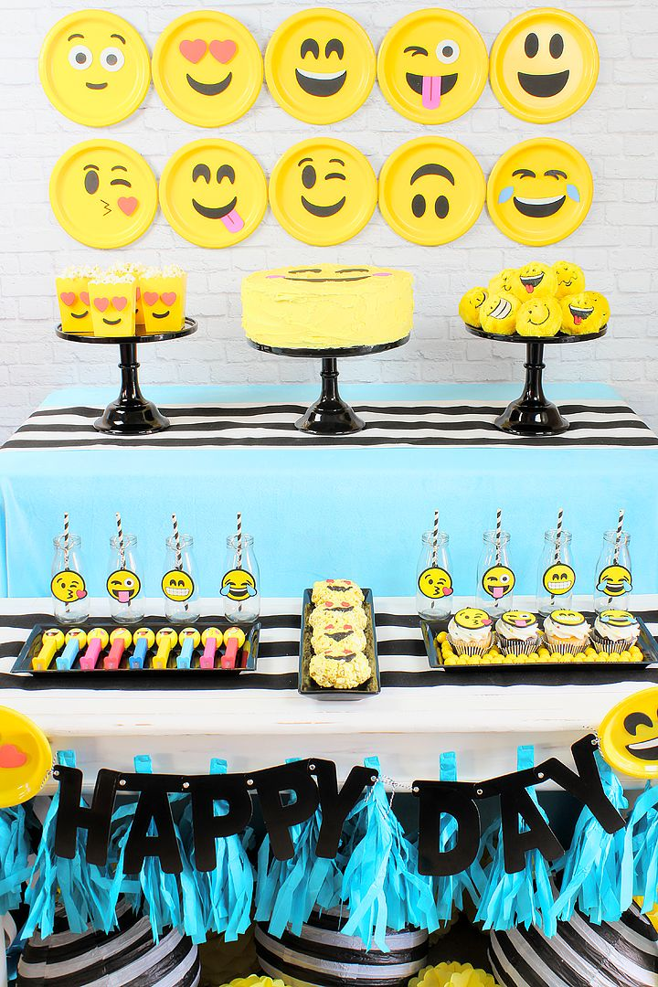 Emoji Party by Michelle's Party Plan-It for Oriental Trading. Lots of DIYs and fun ideas!