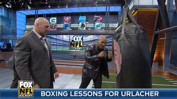 Mike Tyson gives Brian Urlacher boxing lessons - YouTube