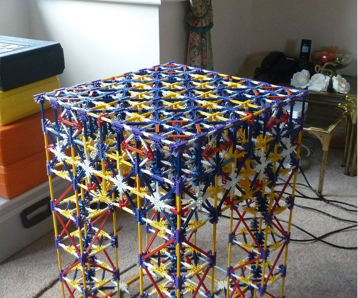 Hello Viewers, Today I bring you my second instructable, a K'nex Table. I got the idea of making a K'nex table when seeing Mr Muggles K'nex chair so special thanks ...