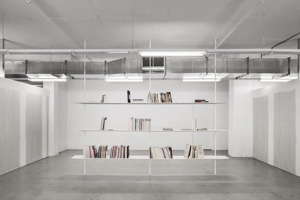 Ssense Extension Of Headquarters In 2020 Best Interior Design