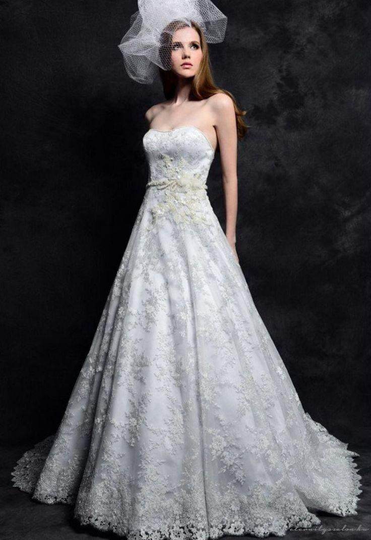 Grace White csipke menyasszonyi ruha