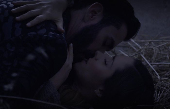 Revive la escena caliente entre David Zepeda y Ariadne Diaz en La Doble Vida de Estela Carrillo (VIDEO)  #EnElBrasero  http://ift.tt/2nhSssY  #ariadnediaz #davidzepeda #ladoblevidadeestelacarrillo