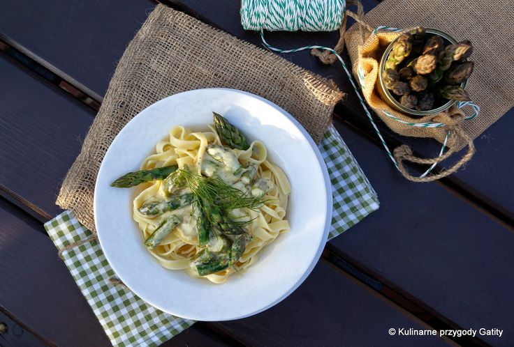 Kulinarne przygody Gatity: Tagliatelle ze szparagami