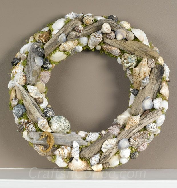driftwood crafts | ... to make the prettiest Driftwood & Seashell Wreath | Crafts 'n Coffee
