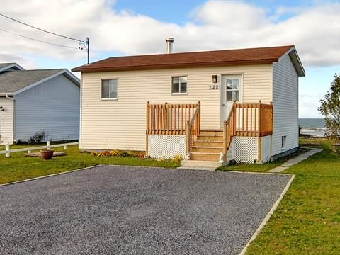 Maison à vendre à Sainte-Flavie, Bas-Saint-Laurent, 722, Route de la Mer, 28428812 - Centris