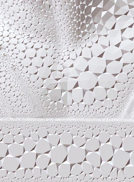 white facets    (via hardglass)