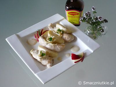 Polędwiczki drobiowe z jabłkiem w sosie śmietanowym - rajska jabłoń