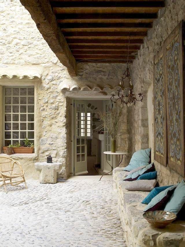 Vou dar a volta no mundo: charme rústico na região do Languedoc