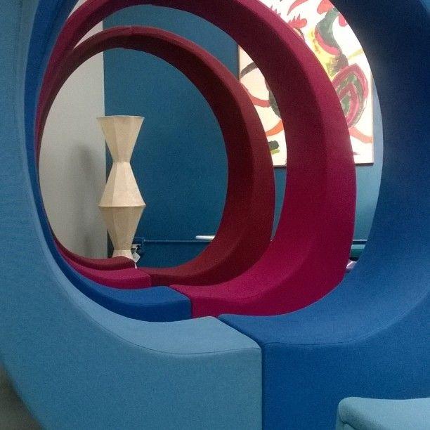 AND di @fabionovembre in showroom @spazio900design quando il divano è un'esperienza #livingspaces #home #smartdesign