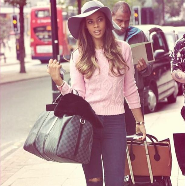 Rochelle Humes is giving us serious travel style envy http://lookm.ag/jXdLNm