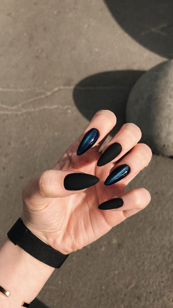 Black Long Sharpe Nail Arts Design Arts Black Design Long Longnaildesign Black Design Longnaildesign Sharpe Acry Almond Nail Art Nails Classy Nails