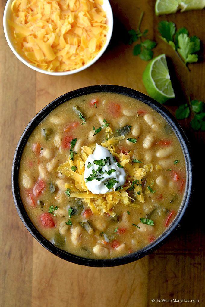 EASY! Vegetarian Poblano White Bean Chili Recipe | http://shewearsmanyhats.com