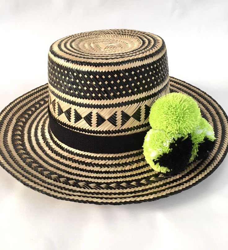 WAYUU Hat Black-Neon Green