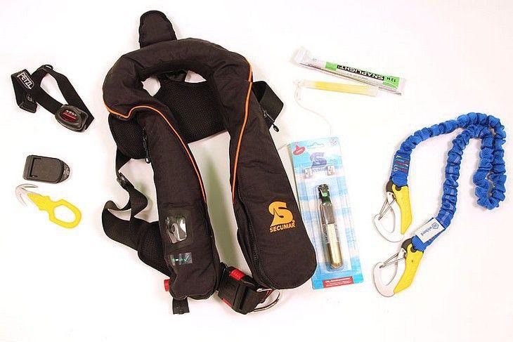 Le sac du marin : l'équipement de sécurité