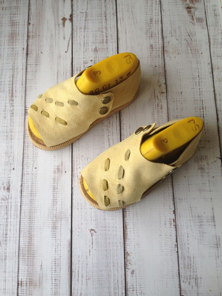 Soft leather toddler sandals - open toe toddler shoes - suede sandals - sandals for girls - summer shoes for girls by Huggabies on Etsy https://www.etsy.com/listing/254440508/soft-leather-toddler-sandals-open-toe