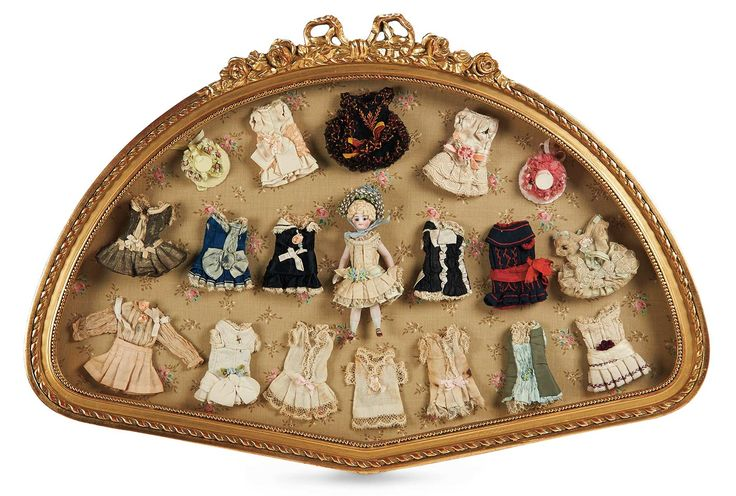 Cotillion - The Susan Whittaker Collection : 73 French All-Bisque Mignonette in Presentation Frame with Trousseau