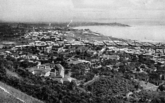 Ciudad de Panamá en 1922, barrio de Calidonia y la Exposición al centro.