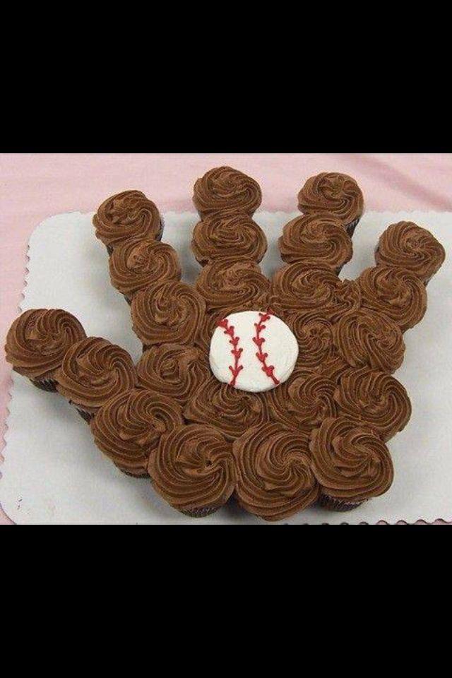 """Baseball Glove """"Cake"""""""
