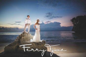 Weddings | Ferry Tjoe Wedding Photographer