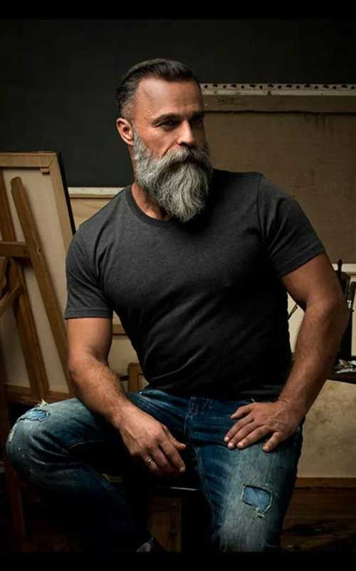 La barbe hne très populaire parmi les gars de différents âges surtout masculi…