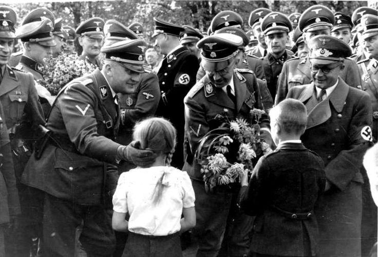 dating in world war 2 holocaust