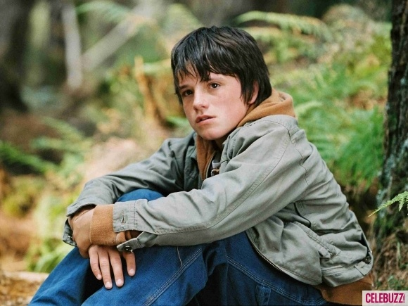 In 2007, Josh brought the classic novel, Bridge to Terabithia, to the big screen with the crooked pinkie!