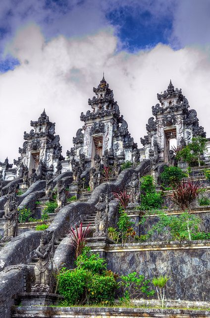Just when I thought that it couldn't get any more awesome, Bali pops up with these ancient magnificent temples known as the Lempuyang Temples. Never been to Bali? Well, now you have a reason to go.