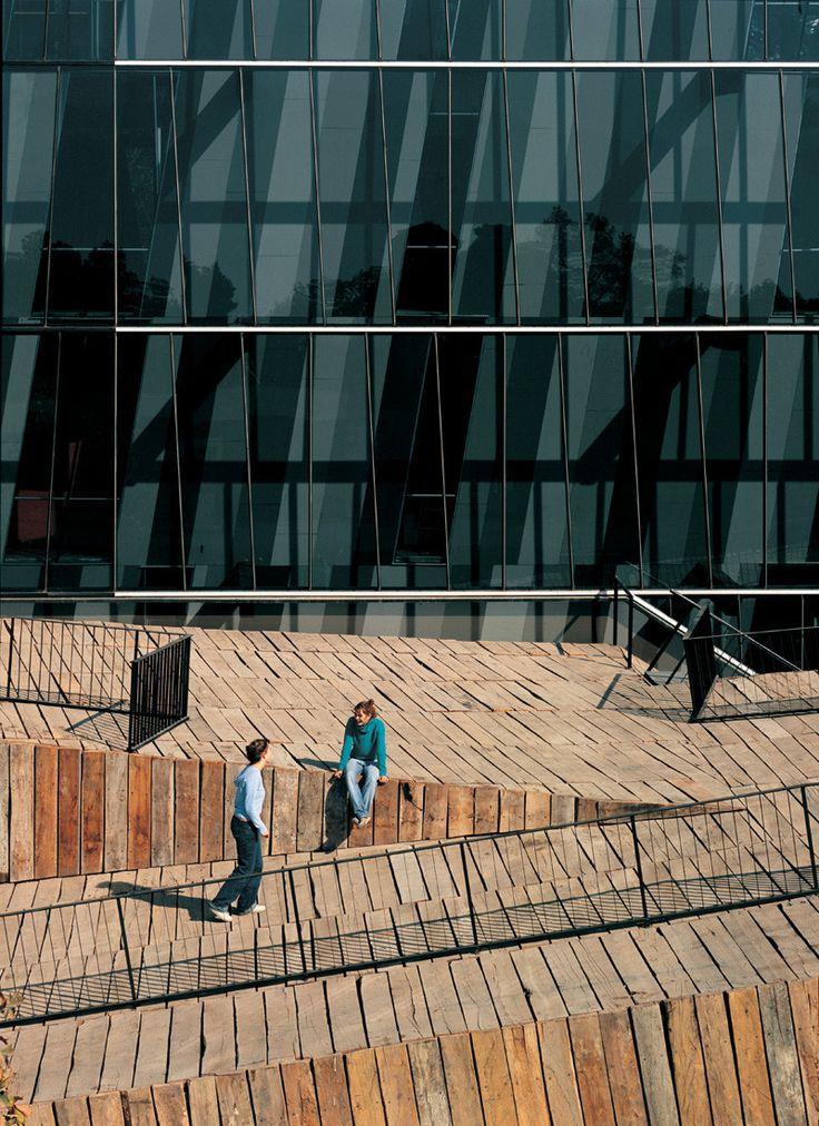 'wood pile' approach - Siamese Towers - University Santiago Chile - Alejandro Aravena