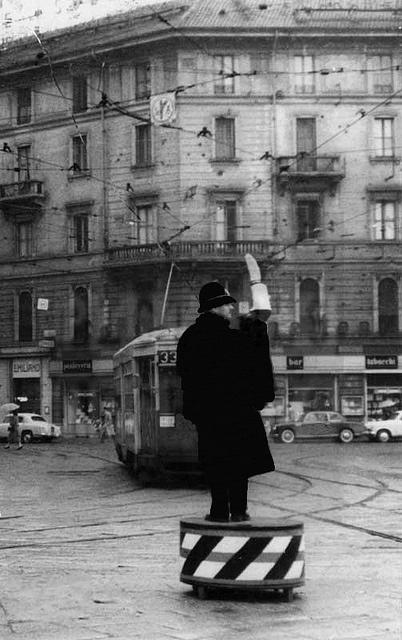 Piazza Duca d'Aosta angolo Napo Torriani, prima delle ricostruzioni degli anni '60, 1963   Feat. #33