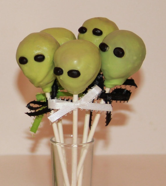 Out of this world cake pops