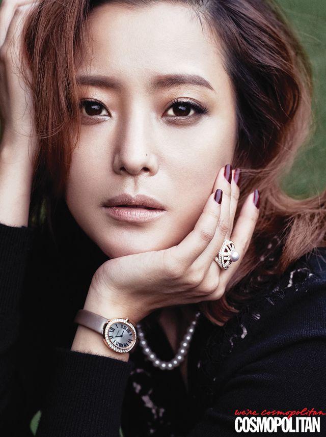 Kim Hee-sun // Cosmopolitan Korea // September 2013