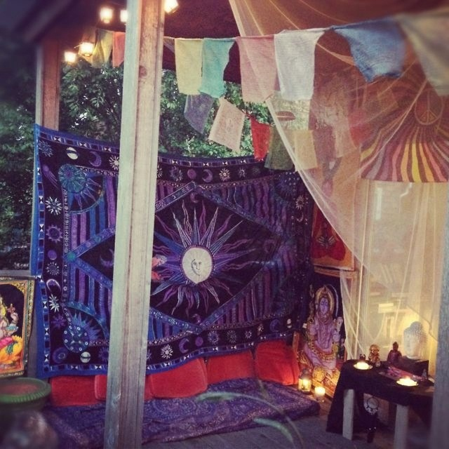Tapestries And Bunting