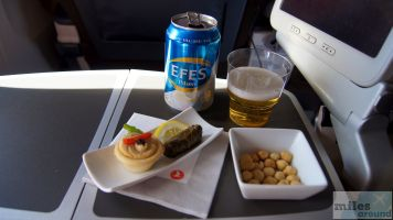 Canapés - Check more at http://www.miles-around.de/trip-reports/premium-economy/turkish-airlines-boeing-777-300er-comfort-class-istanbul-nach-los-angeles/,  #Airport #avgeek #Aviation #Boeing #ComfortClass #Flughafen #FRA #IST #LAX #LEJ #Lufthansa #Trip-Report #TurkishAirlines #USA