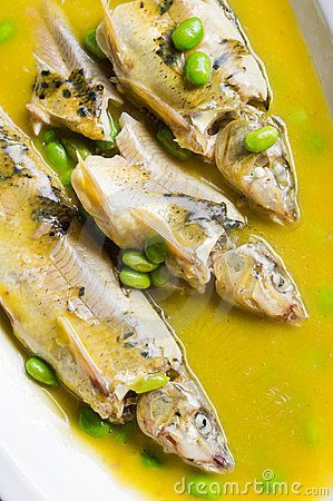 Braised fish with beans